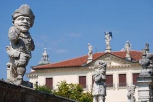 Villa Valmarana ai Nani and its dwarf